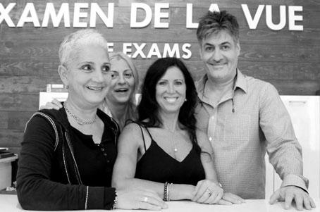 Voici une petite partie de l'équipe de la boutique sur Saint-Laurent